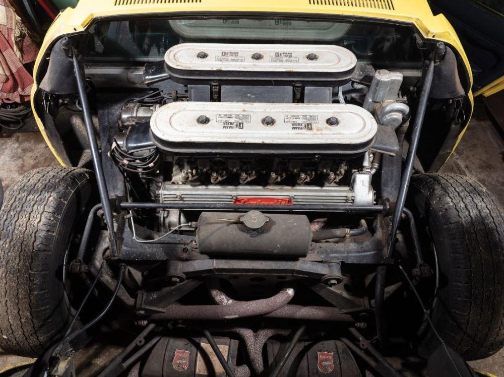 Lamborghini Miura P400S-barn find-auction-5