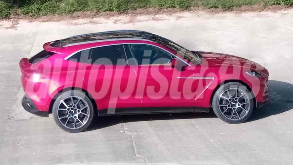 2020 Aston Martin DBX-leaked-spy-images-4