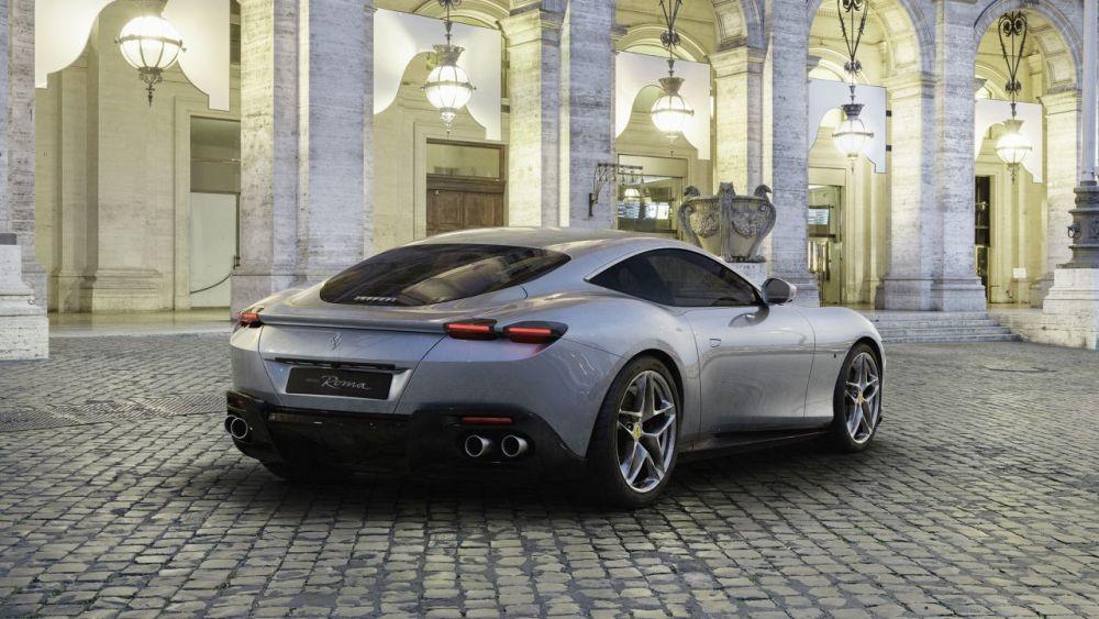 2020 Ferrari Roma-2