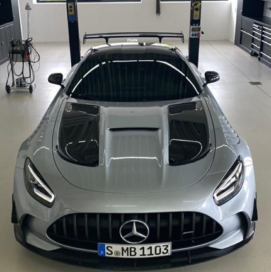 Mercedes-AMG GT R Black Series leaked image-2