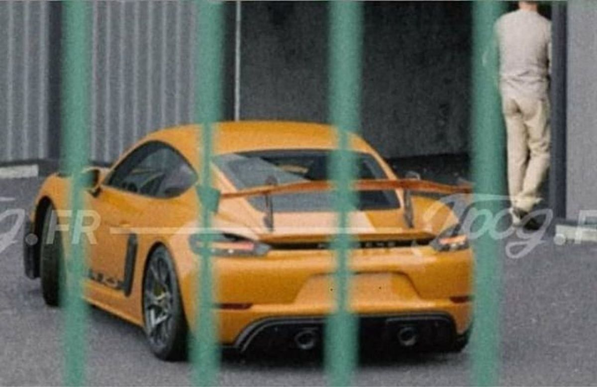 718 Cayman GT4 RS Leaked-2