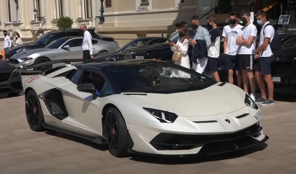 10 million euro Qatar license plate-Lamborghini Aventador SVJ Roadster-1