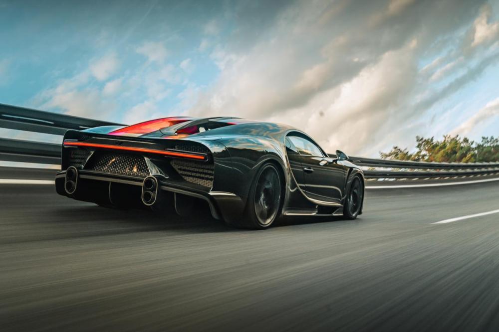 Bugatti Chiron Super Sport 300-delivery-4