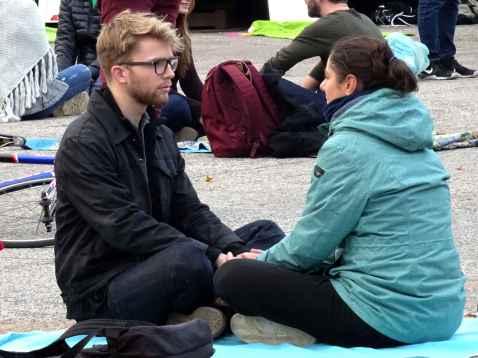 Eye contact in Maastricht 1