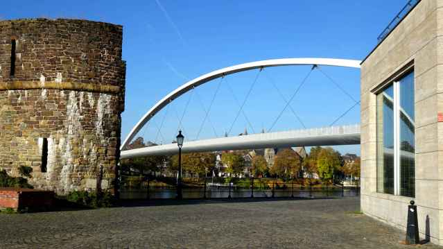 The Hoge Brug from Wyck 2
