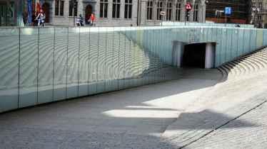 33 Reflective underpass in Leuven