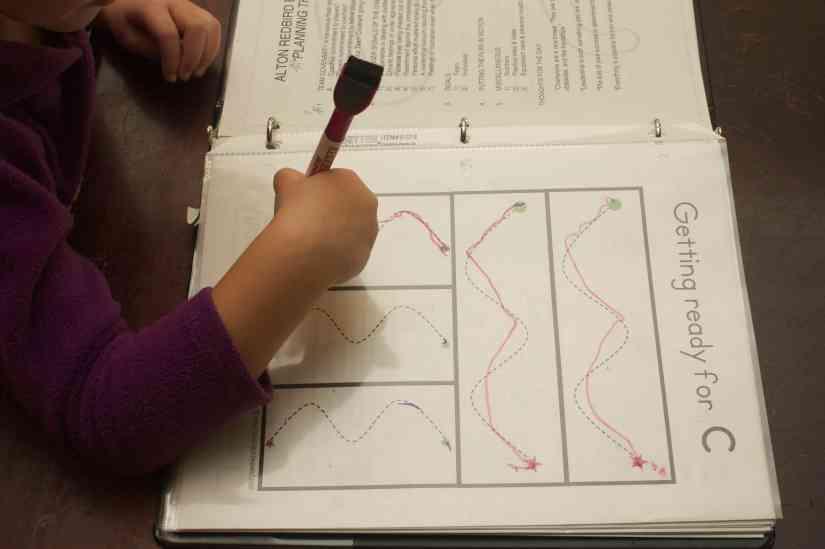 Preschooler tracing lines