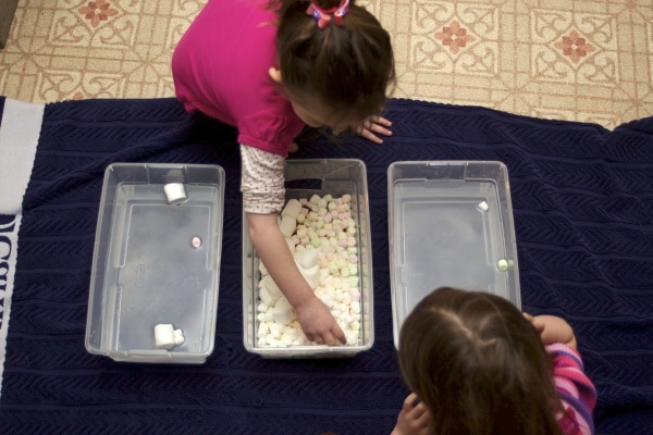 Are you using a letter of the week curriculum? Click here for Letter M activities. They include a craft, marshmallow art, and marshmallow sensory play!