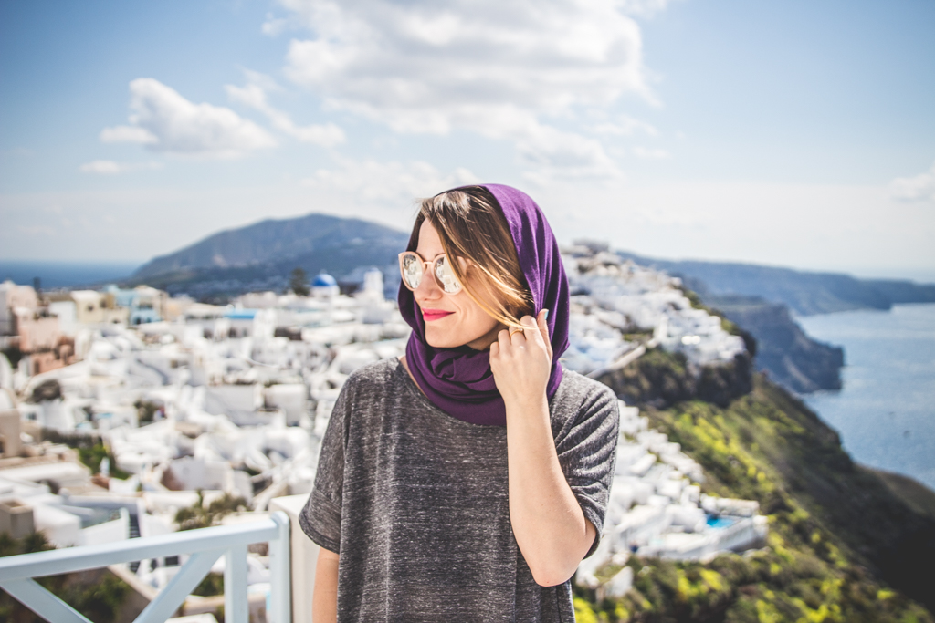 How to get beautiful self-portraits when you travel solo