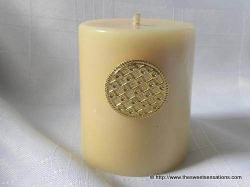 gold button candle 2