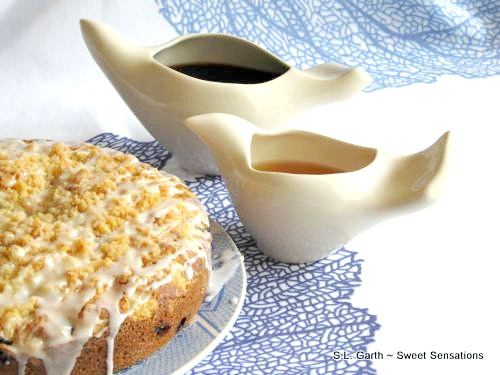 cake and cups 77