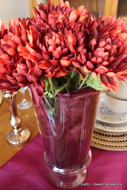 Wine Hued Fall Tablescape