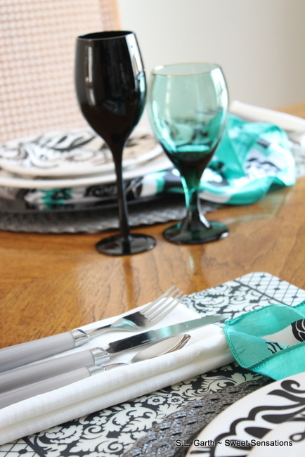 Multi Pattern Tablescape 16