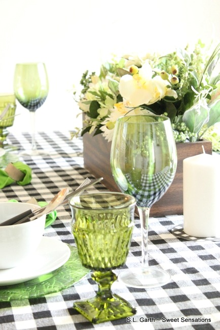 Casual Spring Tablescape 17