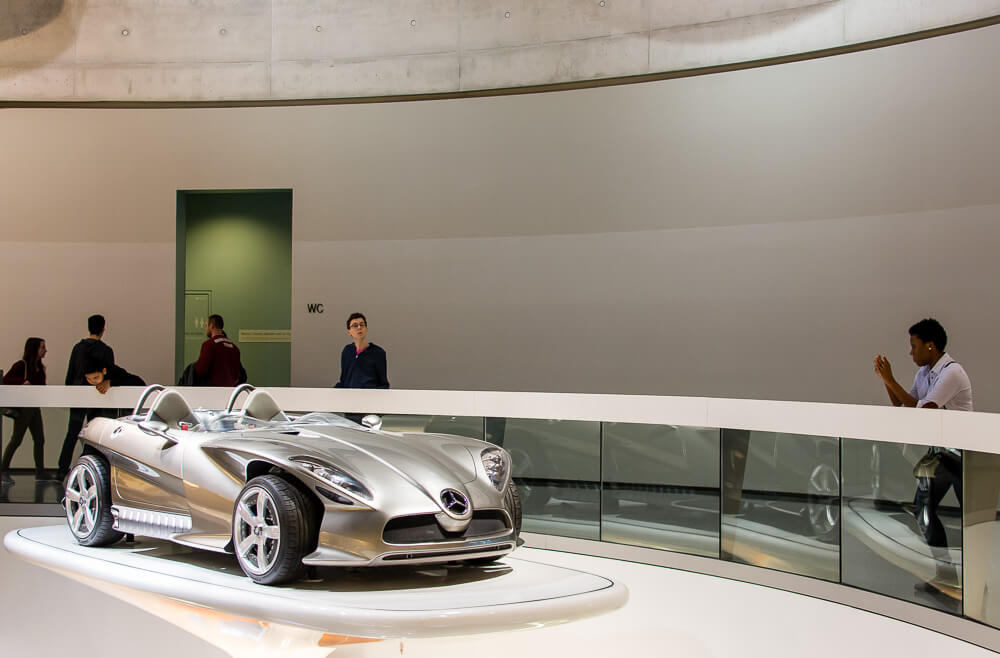 mercedes benz car display