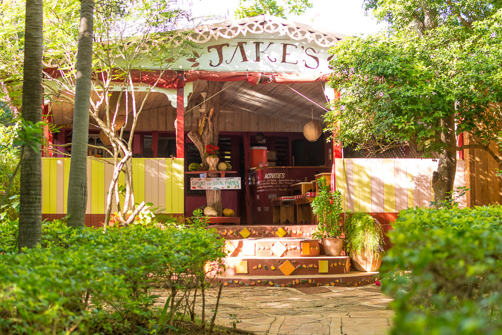 Jakes Resort