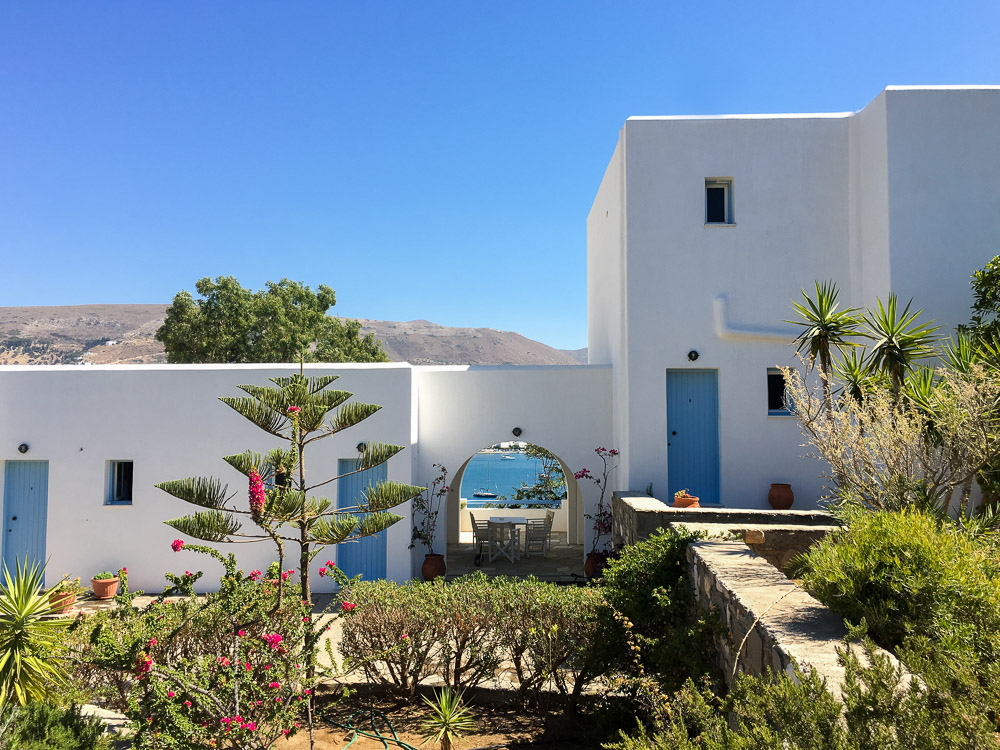 Paros Paradise Apartments in Paros is a great romantic getaway in Greece