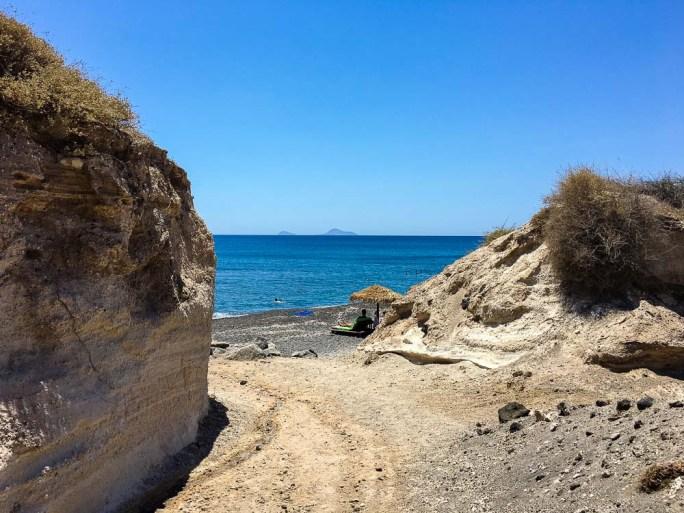 Entry to Eros Beach in Santorini