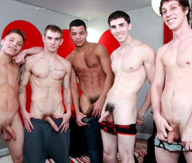 Brokestraightboys Celebrates Th Scene With Bareback Orgy Unkempt Pubic Hair