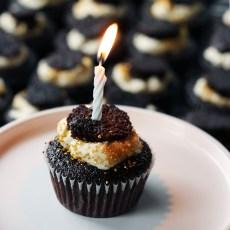 birthday cupcake - www.thetableofcontents.co