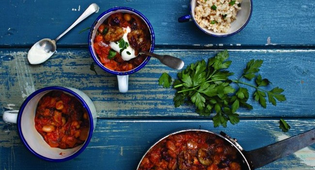 Susan Jane White Tomato and Banana Bean Curry