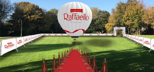 Raffaello Celebrates Best Friends Day with a Chocolate Givaway and Fun at Merrion Square