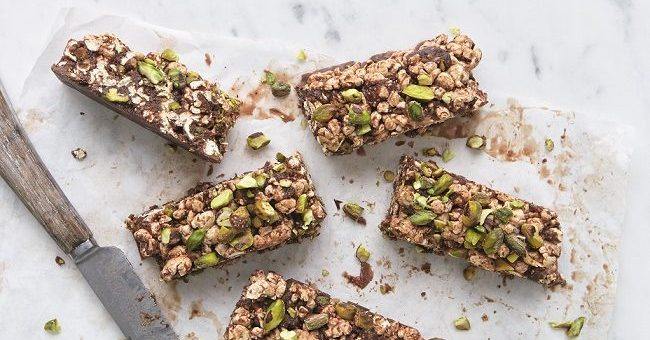 Chocolate and Fig Popcorn Bars Recipe from Eat Smart