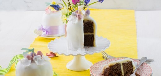 Siucra x Catherine Fulvio Mini Easter Cakes Recipe