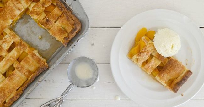 Brown Sugar and Bourbon Peach Pie Recipe