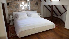 Hotel_StariGrad_Apolon_Bedroom
