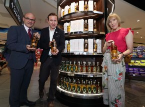 No Repro Fee. Gearoid Cahill, Head Distiller, Pearse Lyons Distillery (left) with Conor Ryan, Pearse Lyons Distillery Global Spirits Ambassador and Tracey Jordan, Aer Rianta Ireland (ARI)/The Loop (right), pictured at Dublin Airport at the announcement of the release of the exclusive Pearse 5 Year Old Cask Strength Single Malt Irish Whiskey which marks the first new five-year old Irish whiskey stream to be launched in Ireland in more than 25 years. The first release will feature 1,000 individually numbered bottles of the premium Cask Strength Whiskey product which will be exclusively available in the Irish Whiskey Collection Lounge in The Loop Terminal 1 at Dublin and Cork Airport. This will be followed by a limited release Pearse 5 Year Old Single Malt Irish Whiskey in 4,000 individually numbered bottles later this Summer. Pic. Conor McCabe Photography