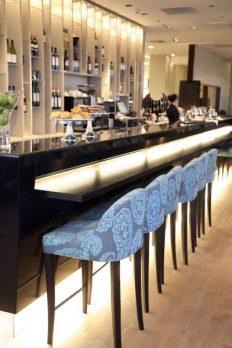 Table Cork Bar