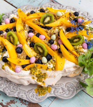 AVOCA Mango & Blueberry Pavlova Recipe