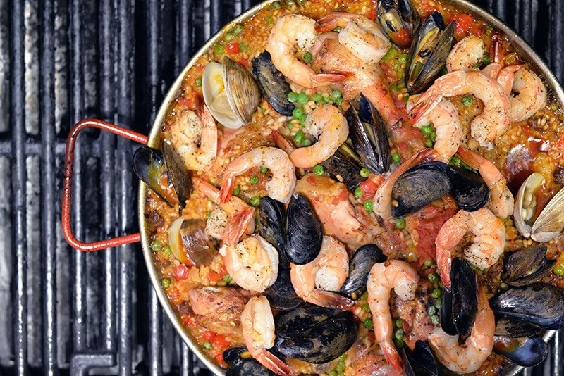 paella night