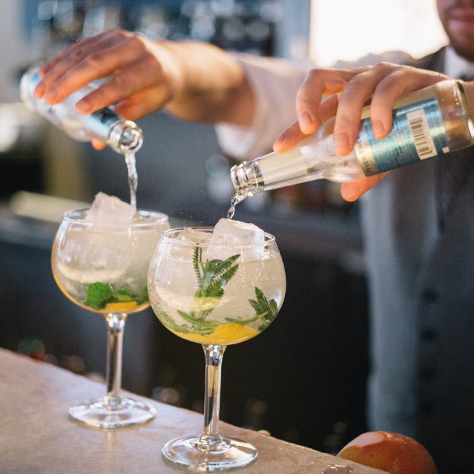 The Taste SF at Sable Kitchen and bar Spanish-style gin and tonic in Chicago adding fever-tree tonic water