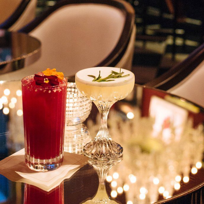 One of the most luxurious cocktail bars in New York City is the Baccarat bar for drinks, learn more on thetastesf.com