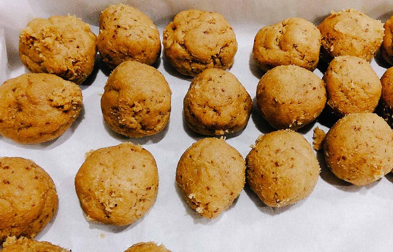 Mustard Spice Cookies