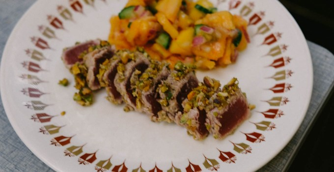 Seared tuna with pistachio crust and papaya salsa