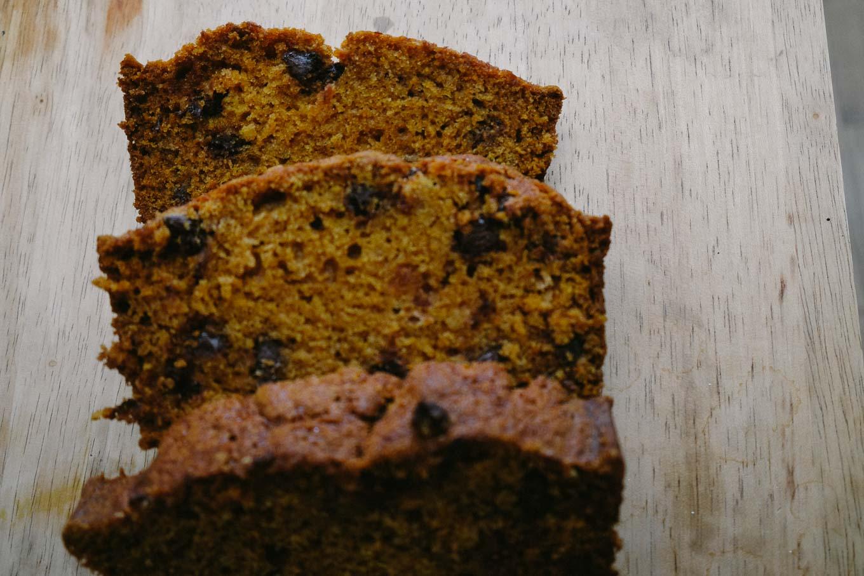 Pumpkin Chocolate Chip Loaf | the Tastiest Book