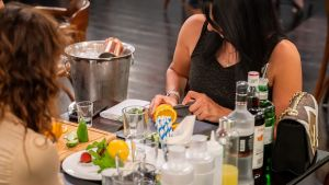 gin tasting and cocktail making class dubai