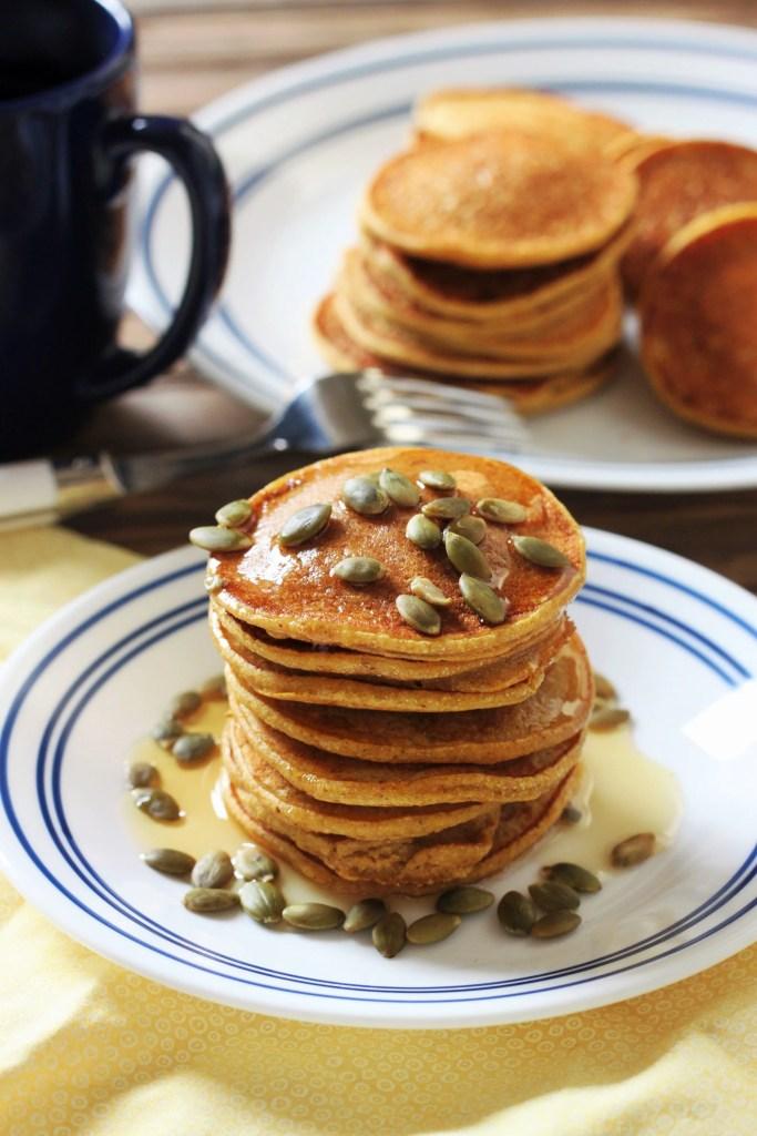 pumpkin-cornmeal-pancakes-3