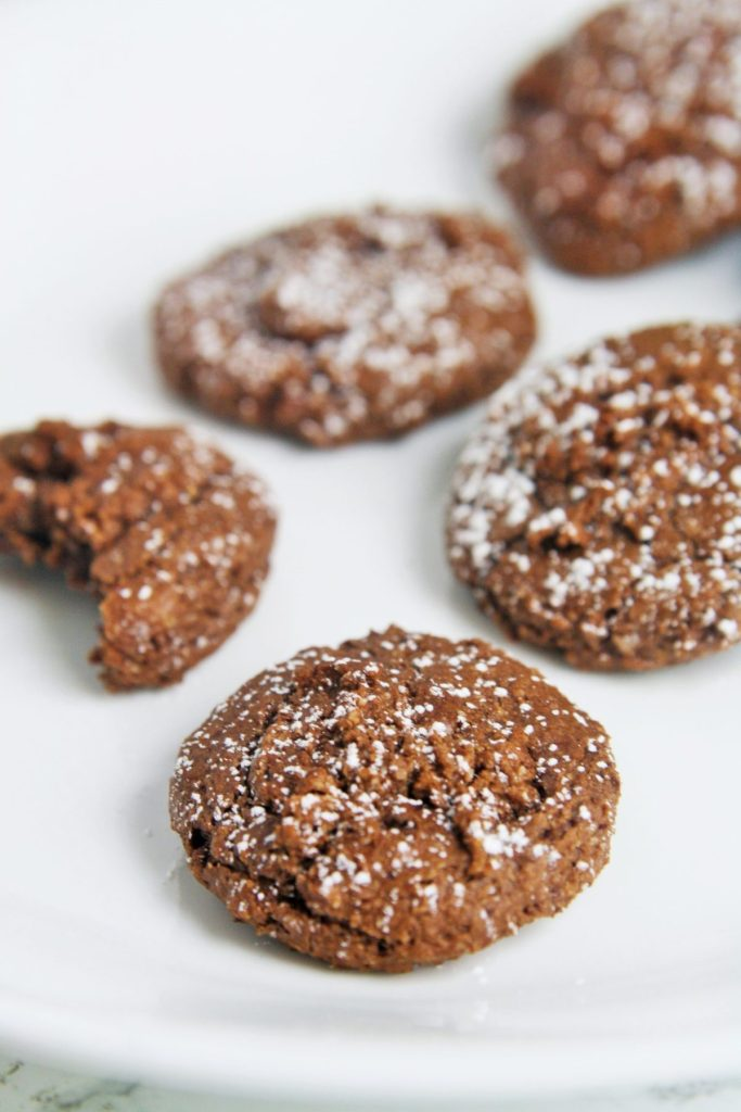 chewy-flourless-chocolate-cookies-1