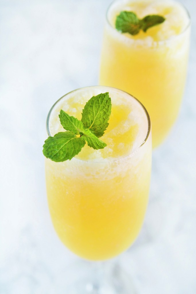 frozen-peach-bellini-1