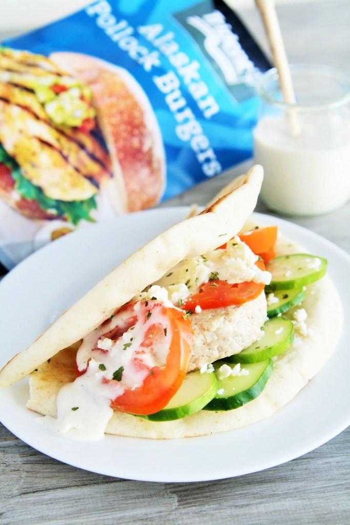 greek-pita-burgers-tzatziki-3