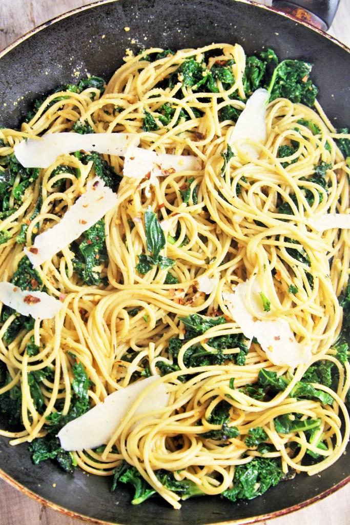 garlic-parmesan-kale-pasta-1