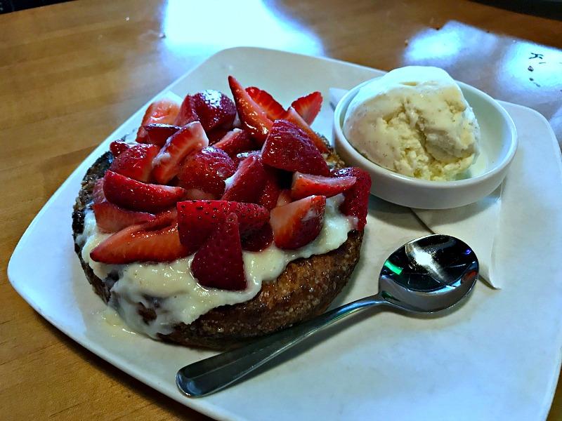strawberry crostada