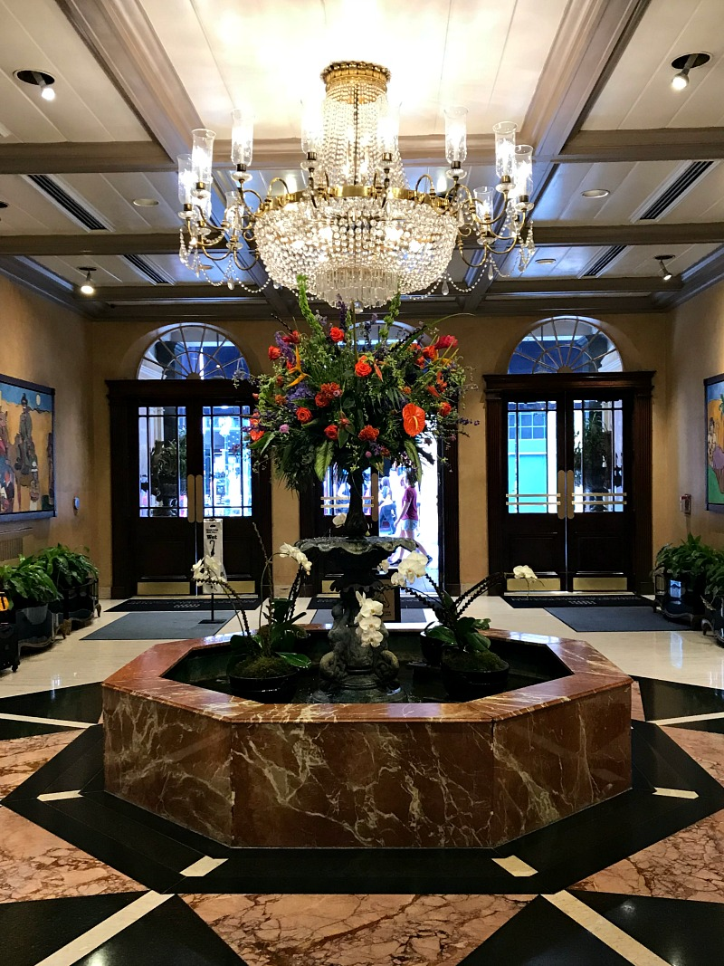 Royal Sonesta New Orleans lobby