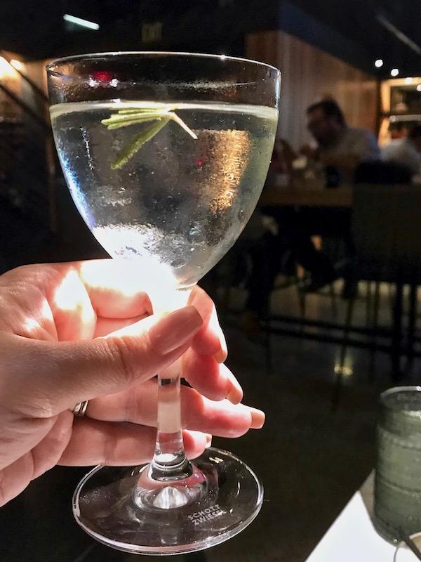 Bar Cichetti white negroni