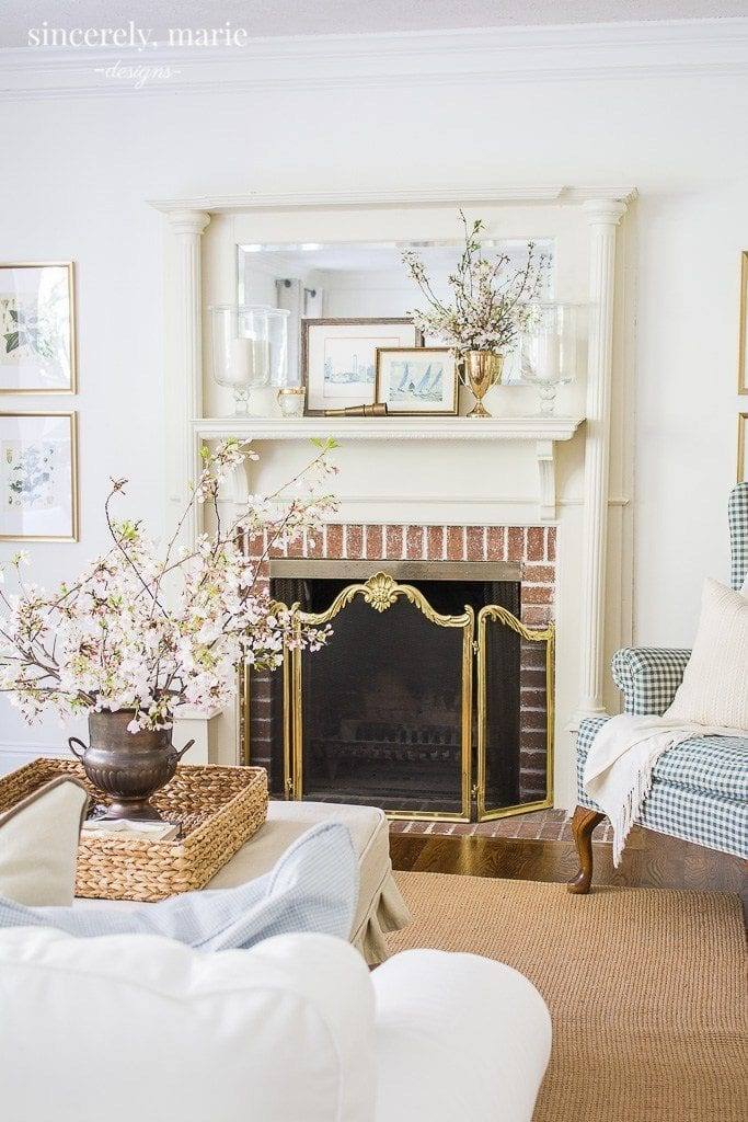 Fresh and classic Spring home tour