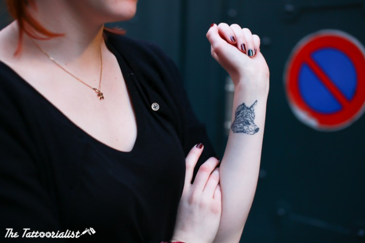 girl with tattoos by Laurink